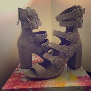NIB Chinese Laundry Twilight Suede Booties Size 10